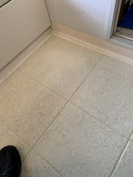 鹿児島市 浴室 床汚れ