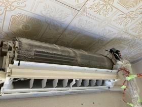 鹿児島市 おそうじ機能付エアコンクリーニング