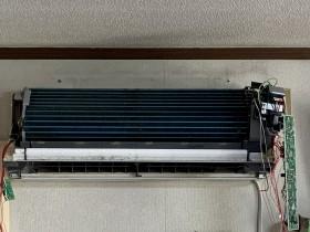 鹿児島市 おそうじ機能付きエアコンクリーニング パナソニック